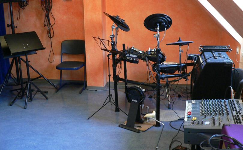 Unterrichtsraum Schlagzeug